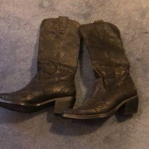 Roper cowboy boots size 8 worn once